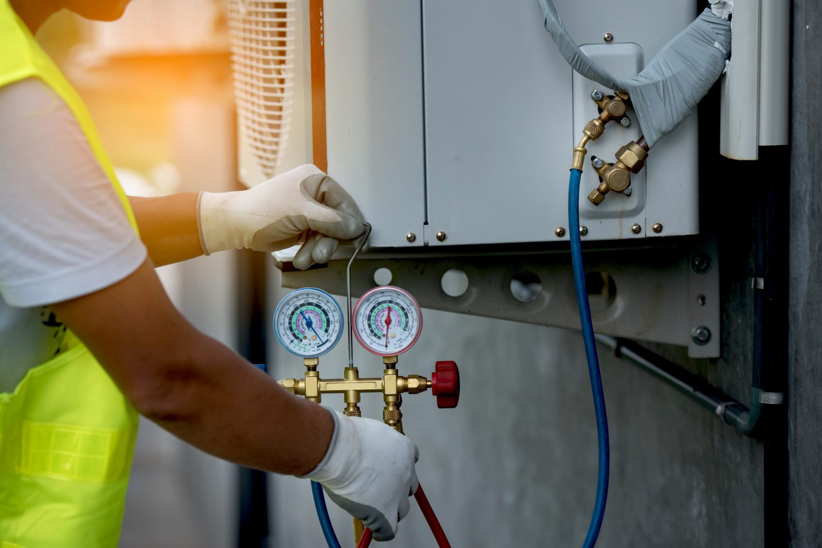 Air Conditioning Repair with Pressure